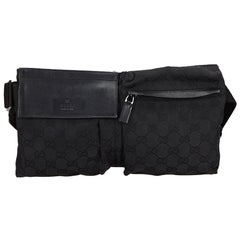Vintage Authentic Gucci Black Canvas Fabric GG Belt Bag Italy w Dust Bag SMALL