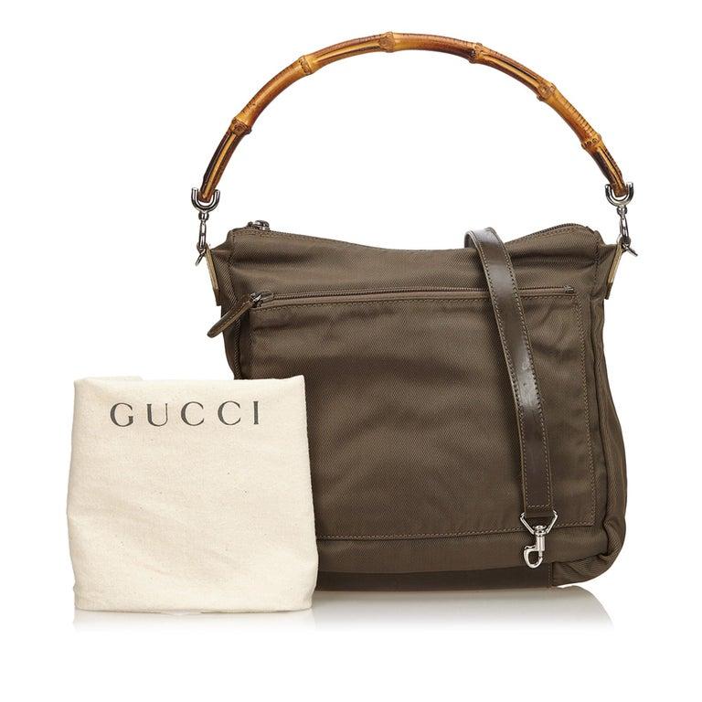 Vintage Authentic Gucci Dark Nylon Fabric Bamboo Handbag Italy Dust Bag MEDIUM  For Sale 5