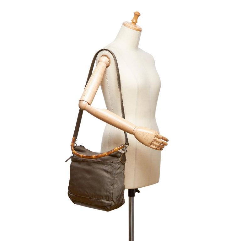 Vintage Authentic Gucci Dark Nylon Fabric Bamboo Handbag Italy Dust Bag MEDIUM  For Sale 4