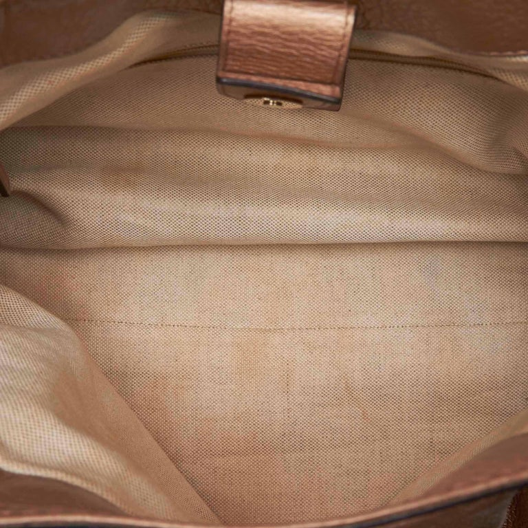 Vintage Authentic Gucci Gold Leather Sukey Hobo Bag Italy MEDIUM  For Sale 1