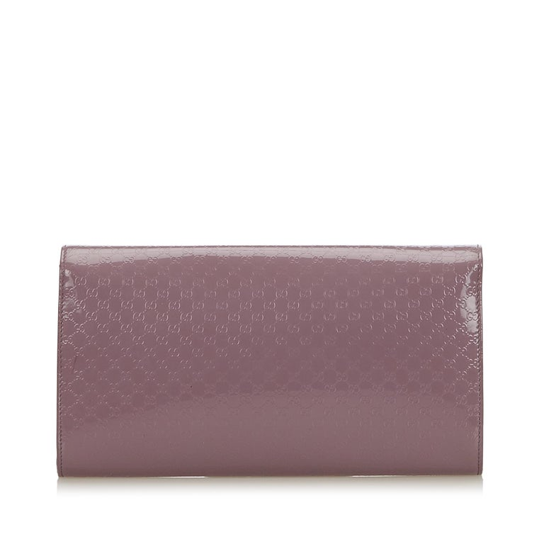 Gray Vintage Authentic Gucci Purple Microguccissima Broadway Clutch Italy SMALL  For Sale
