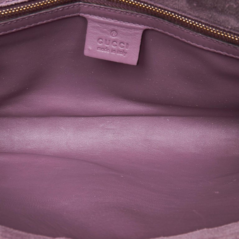 Women's Vintage Authentic Gucci Purple Microguccissima Broadway Clutch Italy SMALL  For Sale