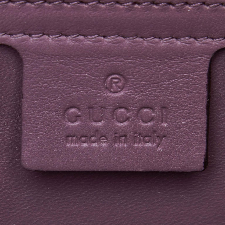 Vintage Authentic Gucci Purple Microguccissima Broadway Clutch Italy SMALL  For Sale 1