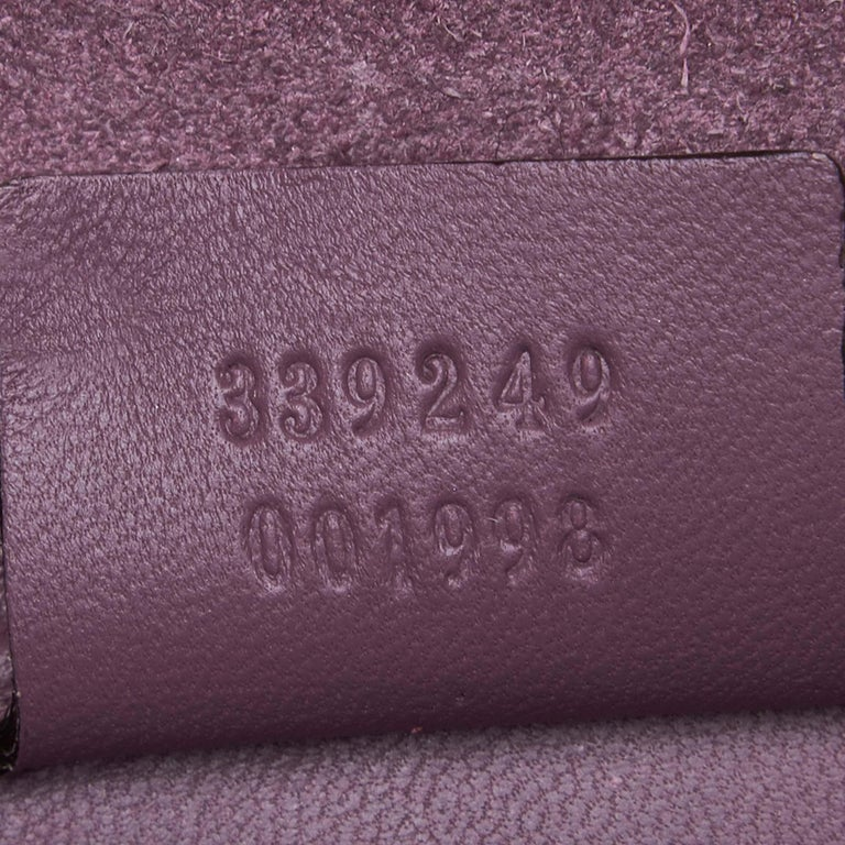 Vintage Authentic Gucci Purple Microguccissima Broadway Clutch Italy SMALL  For Sale 2