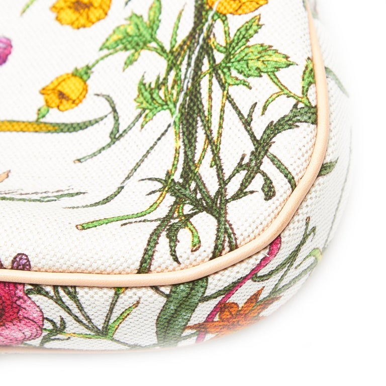 Vintage Authentic Gucci White Flora New Jackie Shoulder Bag Italy MEDIUM  For Sale 7