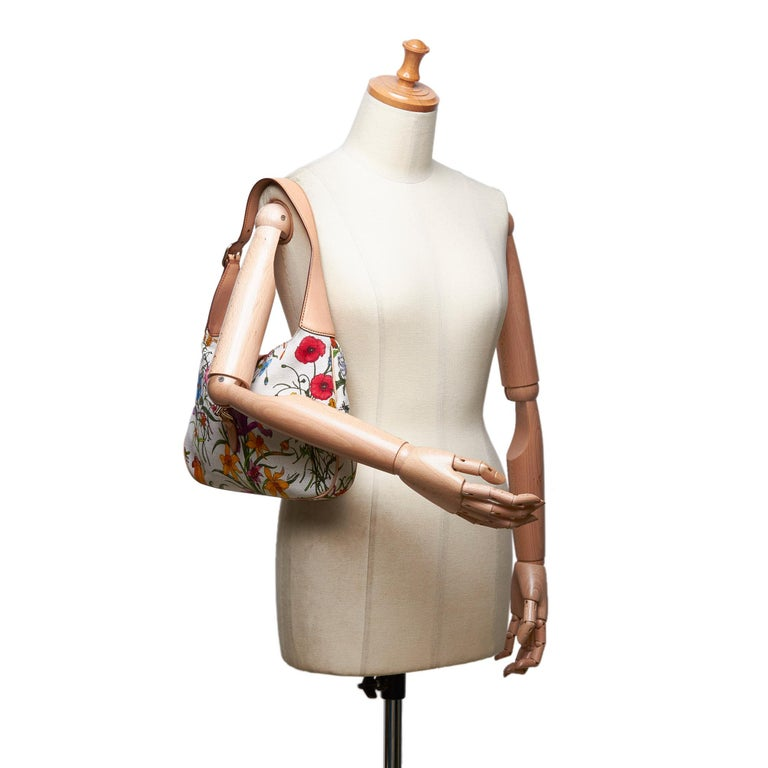 Vintage Authentic Gucci White Flora New Jackie Shoulder Bag Italy MEDIUM  For Sale 8