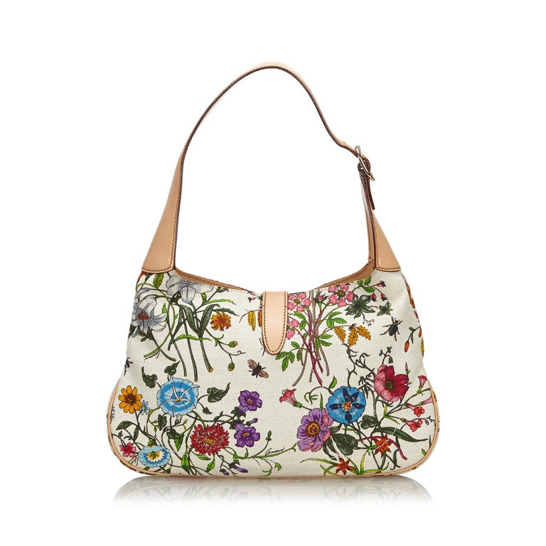 Vintage Authentic Gucci White Flora New Jackie Shoulder Bag Italy MEDIUM  In Good Condition For Sale In Orlando, FL