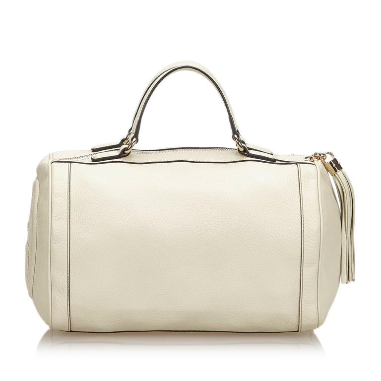 Vintage Authentic Gucci White Leather Soho Handbag Italy w Dust Bag MEDIUM  In Good Condition For Sale In Orlando, FL