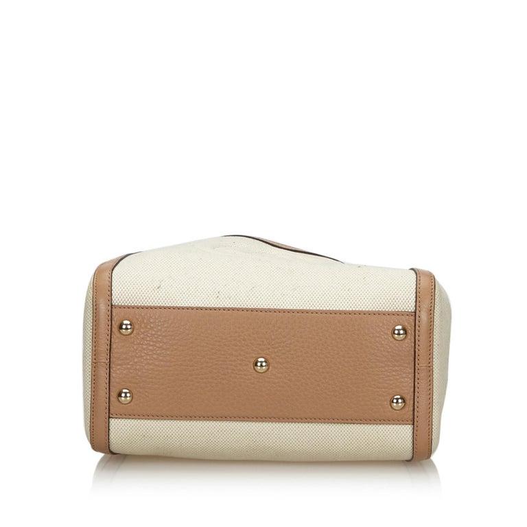 Women's Vintage Authentic Gucci White Light Soho Shoulder Bag Italy MEDIUM  For Sale