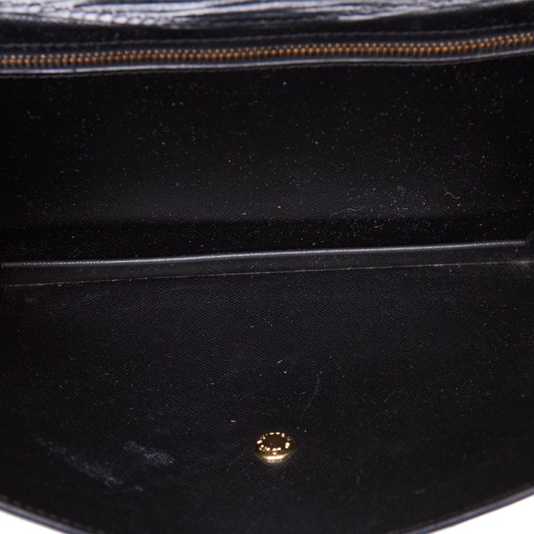 Vintage Authentic Louis Vuitton Black Vintage Montaigne France w Dust Bag SMALL  For Sale 1