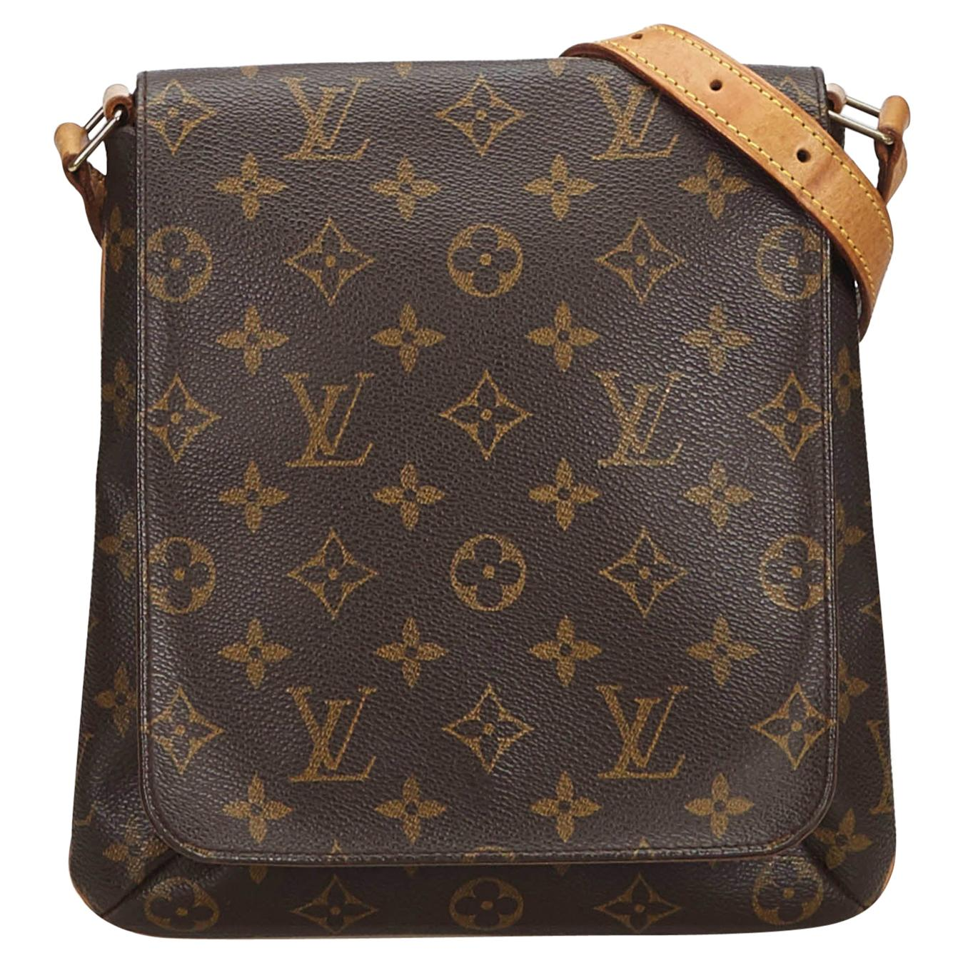 743fe47c05621 Vintage Louis Vuitton Shoulder Bags - 813 For Sale at 1stdibs