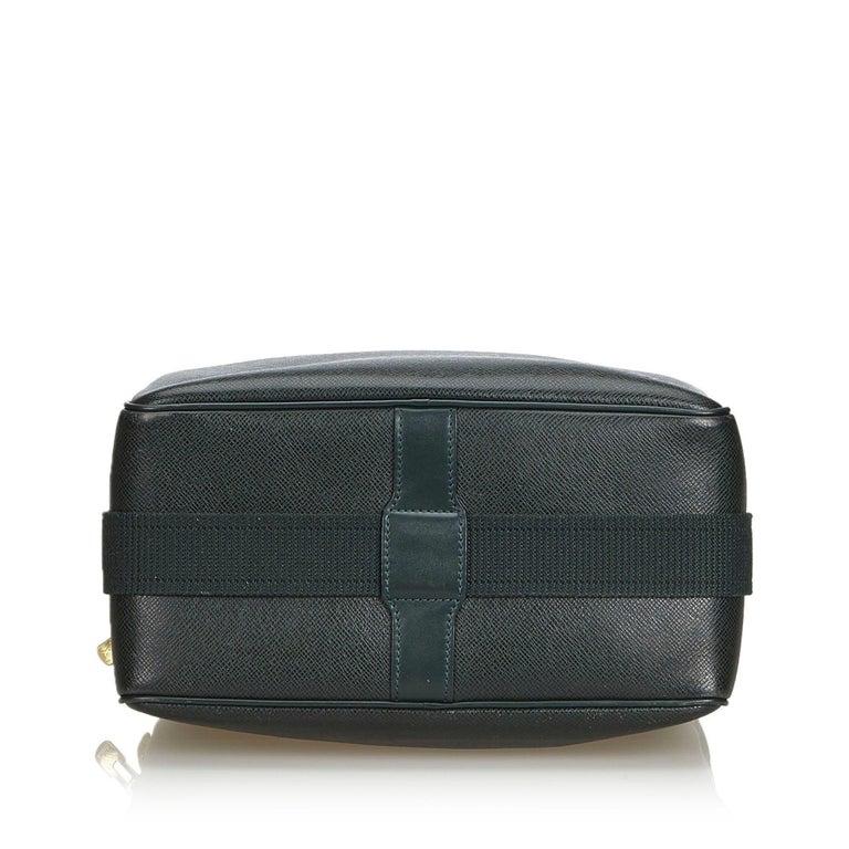 vintage authentic louis vuitton green taiga leather