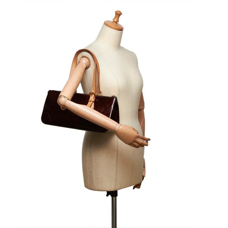 Vintage Authentic Louis Vuitton Purple Vernis Leather Rosewood France MEDIUM  For Sale 8