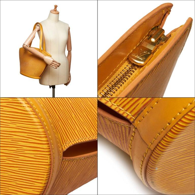 Vintage Authentic Louis Vuitton Yellow Saint Jacques GM Long Strap France LARGE  For Sale 9