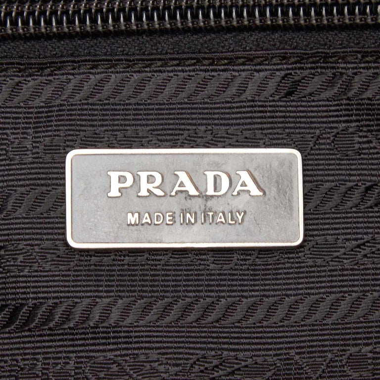 Vintage Authentic Prada Black Nylon Fabric Crossbody Bag Italy MEDIUM  2