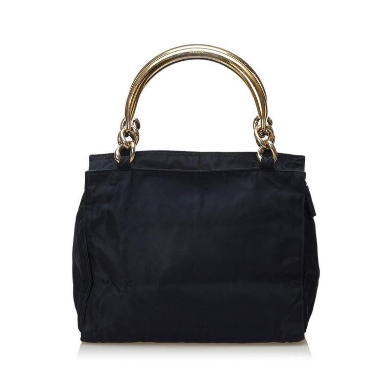Vintage Authentic Prada Black Nylon Fabric Handbag Italy w MEDIUM  In Good Condition For Sale In Orlando, FL