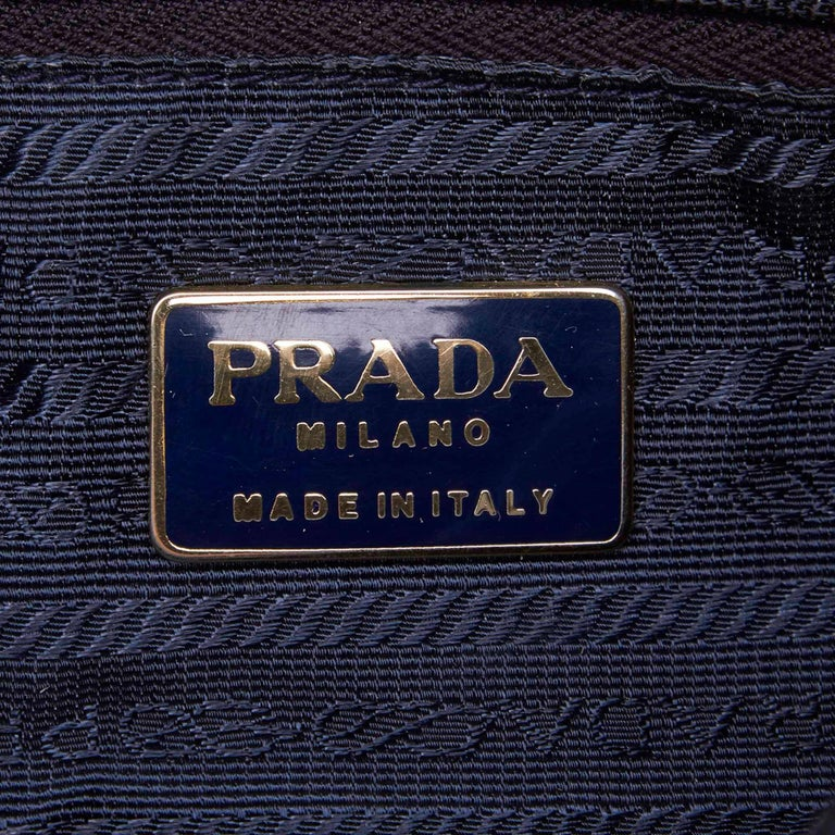 Vintage Authentic Prada Black Nylon Fabric Handbag Italy w MEDIUM  For Sale 2