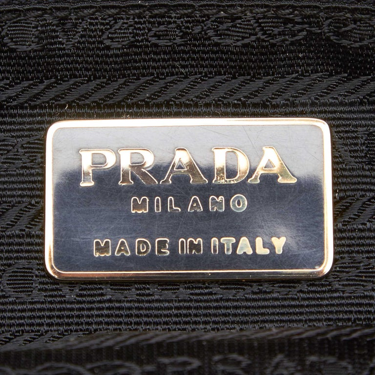 Vintage Authentic Prada Black Nylon Fabric Quilted Chain Tote Bag Italy LARGE  For Sale 2