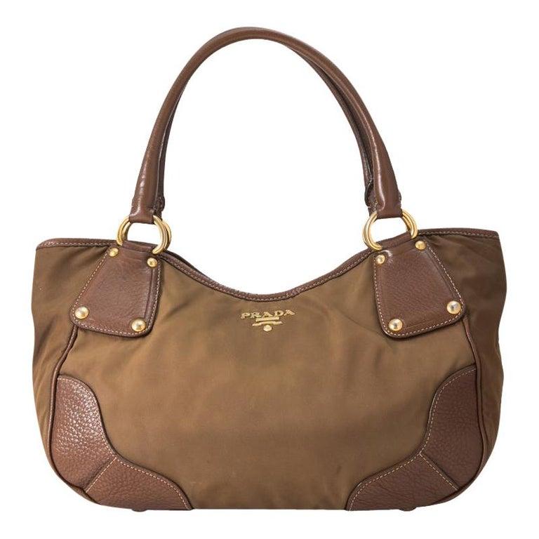 Vintage Authentic Prada Brown Nylon Fabric Shoulder Bag Italy MEDIUM  For Sale