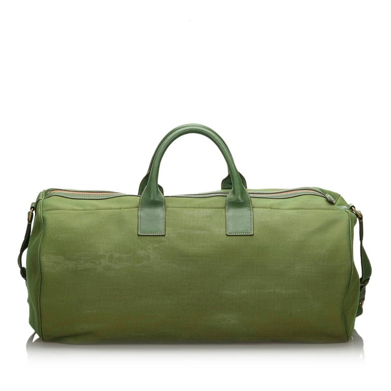 Vintage Authentic Prada Green Canvas Fabric Canapa Duffle Bag Italy LARGE  In Good Condition For Sale In Orlando, FL