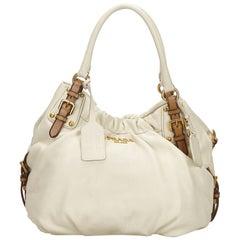 Vintage Authentic Prada White Leather Vitello Daino Shoulder Bag ITALY w MEDIUM