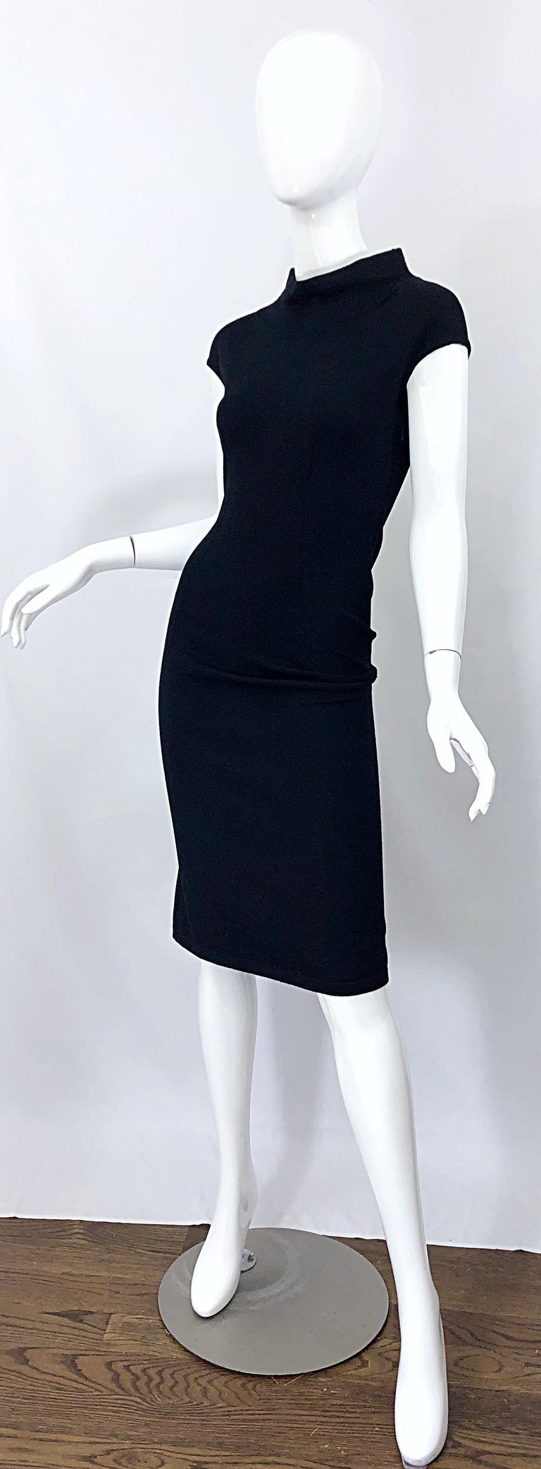Vintage Azzedine Alaia 1980s Black Lightweight Wool Cap Sleeve Bodycon 80s Dress For Sale 7