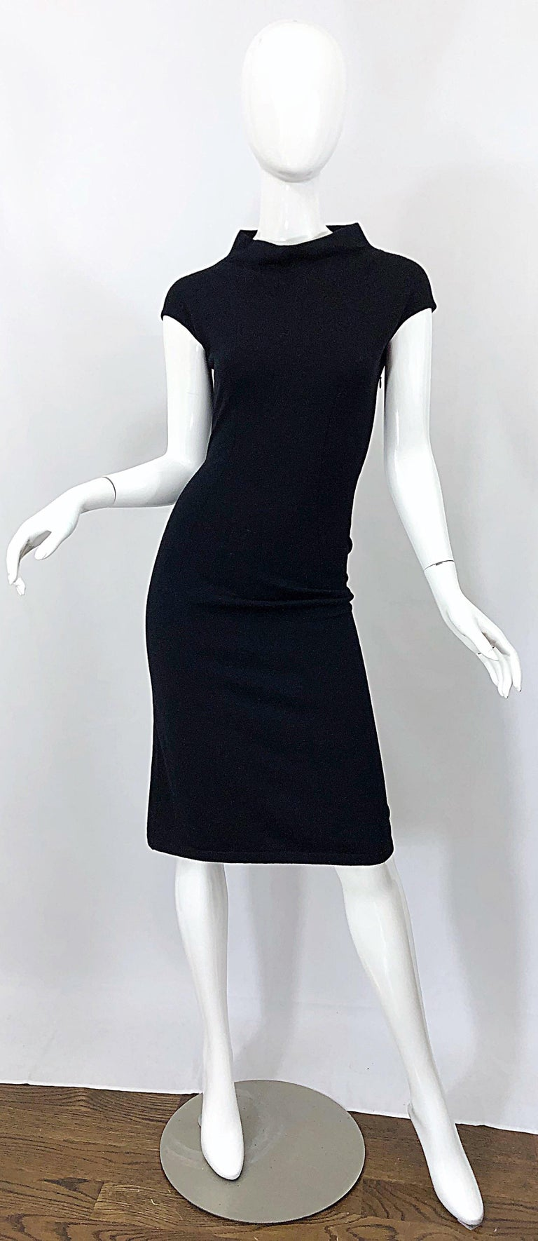 Vintage Azzedine Alaia 1980s Black Lightweight Wool Cap Sleeve Bodycon 80s Dress For Sale 12
