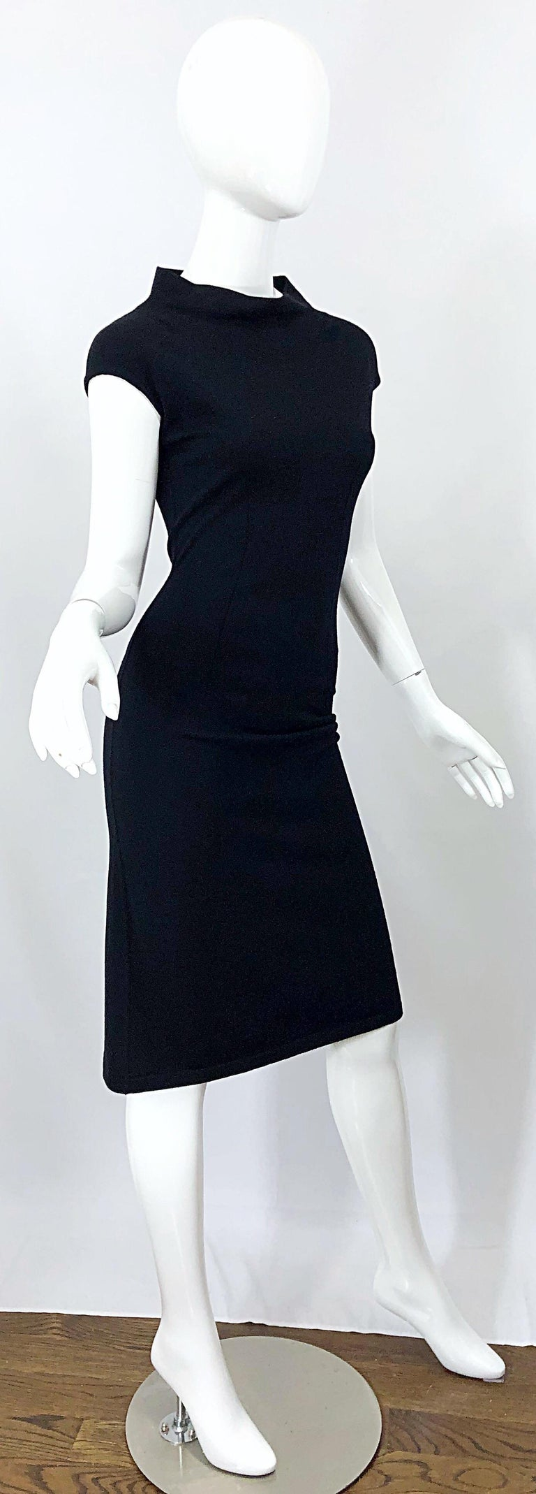 Vintage Azzedine Alaia 1980s Black Lightweight Wool Cap Sleeve Bodycon 80s Dress For Sale 3