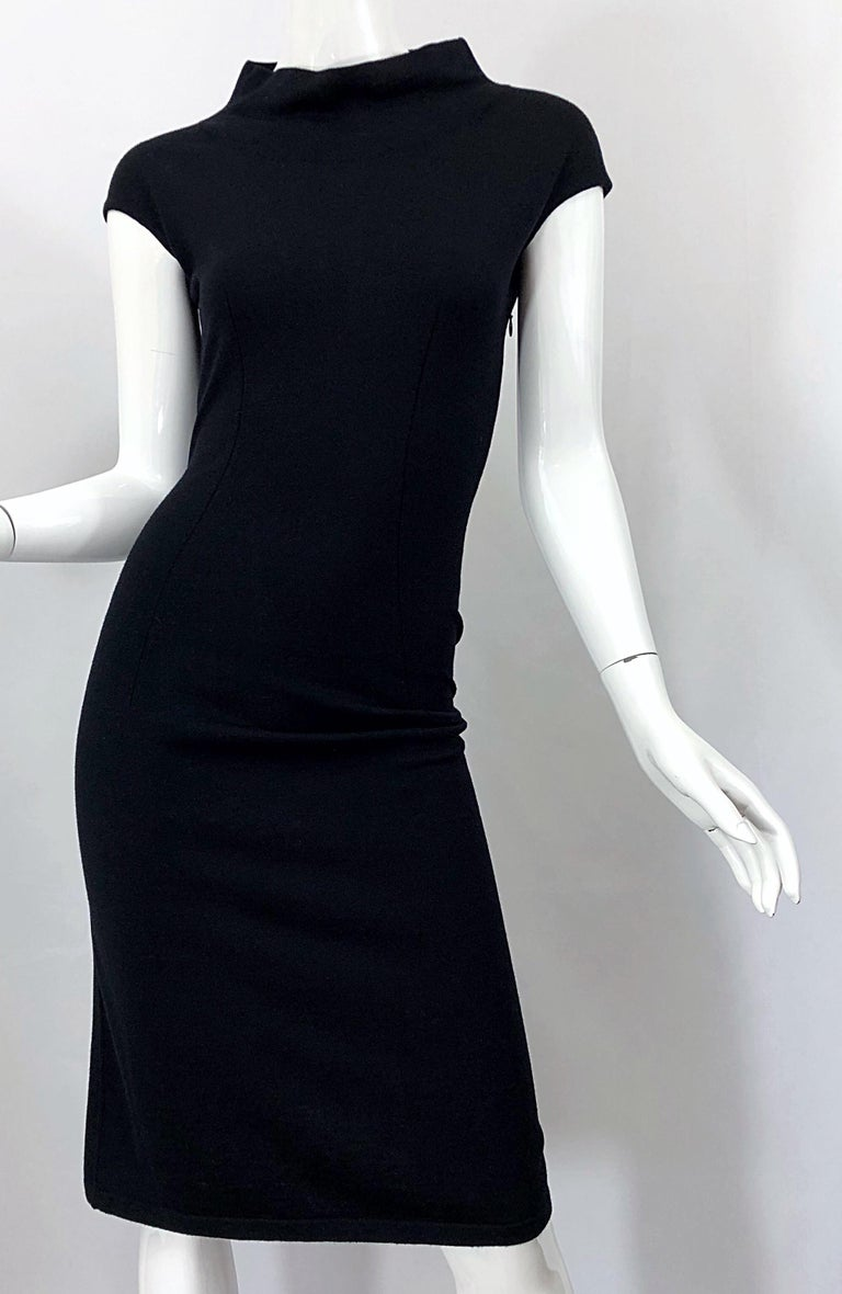 Vintage Azzedine Alaia 1980s Black Lightweight Wool Cap Sleeve Bodycon 80s Dress For Sale 5