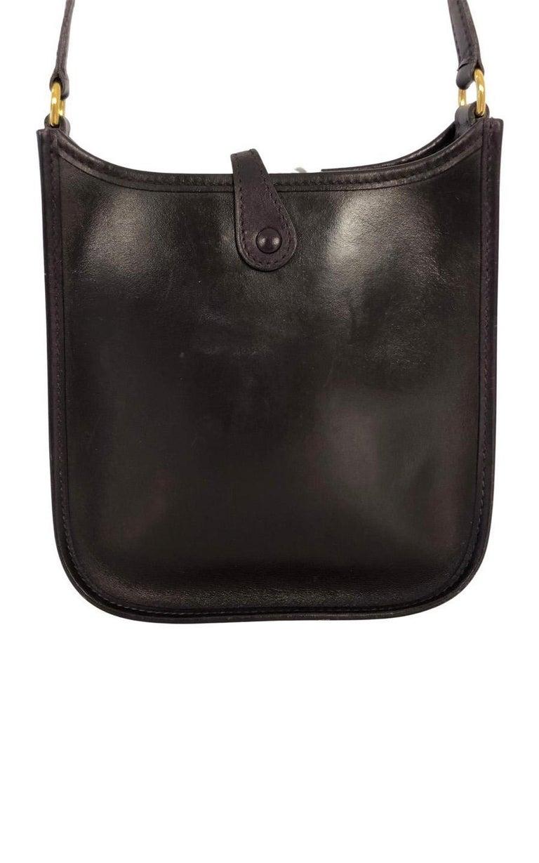 Black Vintage Bag  Hermès Evelyne TPM in Amarante colored leather For Sale