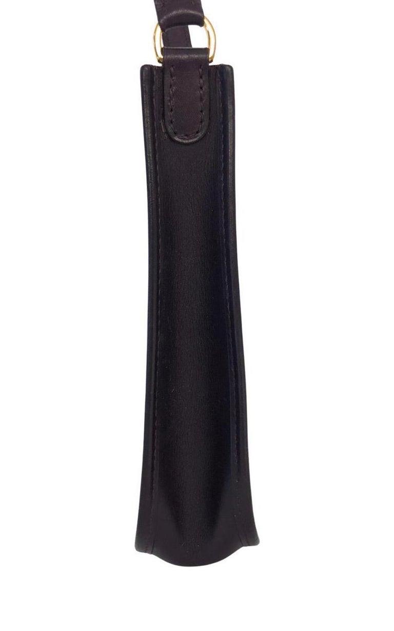 Vintage Bag  Hermès Evelyne TPM in Amarante colored leather In Excellent Condition For Sale In Paris, FR