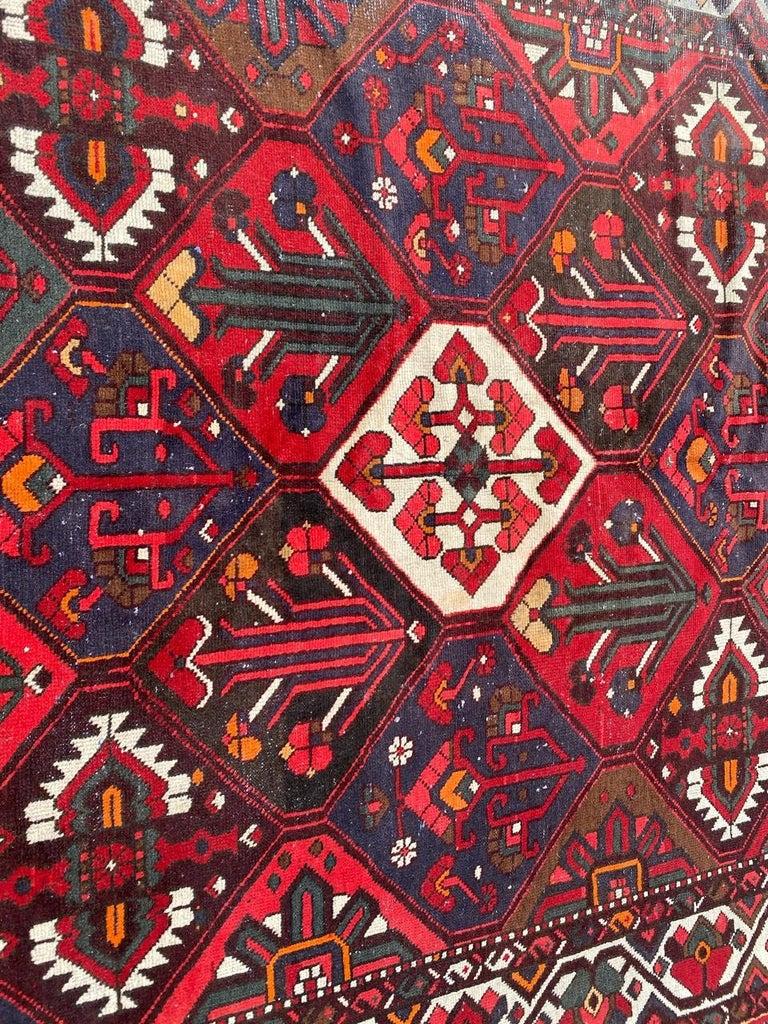 Vintage Bakhtiar Used Rug For Sale 1
