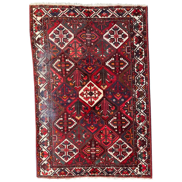 Vintage Bakhtiar Used Rug For Sale