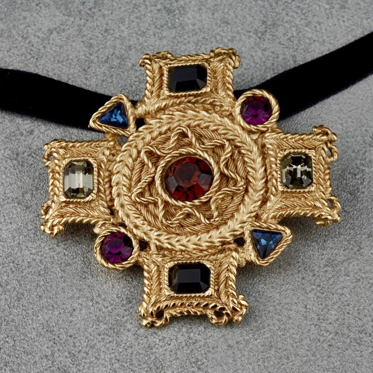 Vintage BALENCIAGA Byzantine Jewelled Cross Pendant Brooch For Sale 1