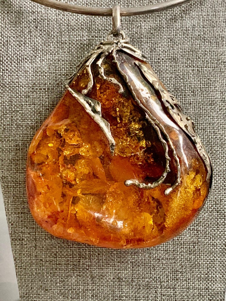 Vintage Baltic Amber Artistic Applied Silver on Sterling Silver Choke Necklace In Excellent Condition For Sale In St. Louis Park, MN