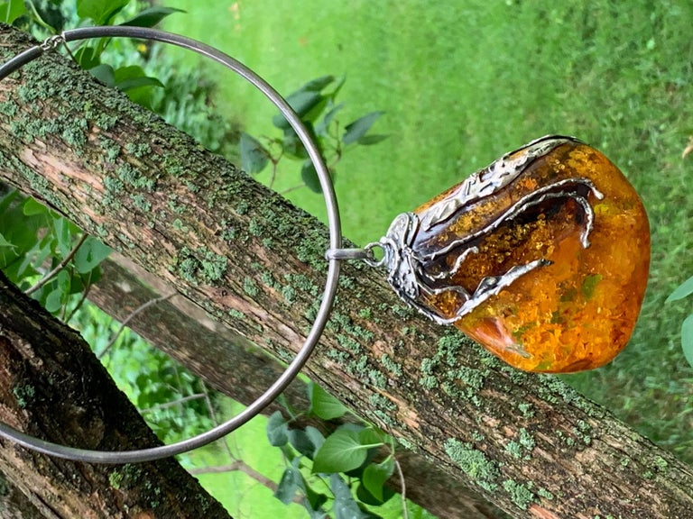 Vintage Baltic Amber Artistic Applied Silver on Sterling Silver Choke Necklace For Sale 4