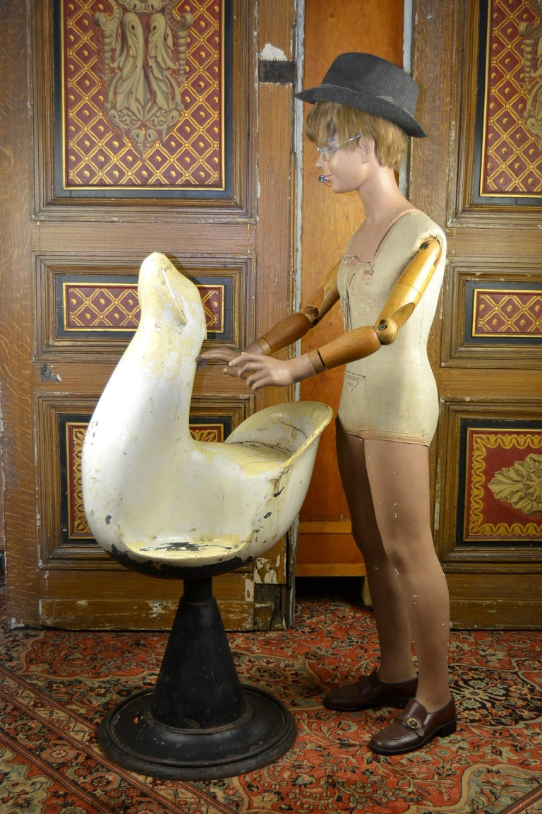 Vintage Barber Chair, Animal Shaped, Seal, 1940s  For Sale 5