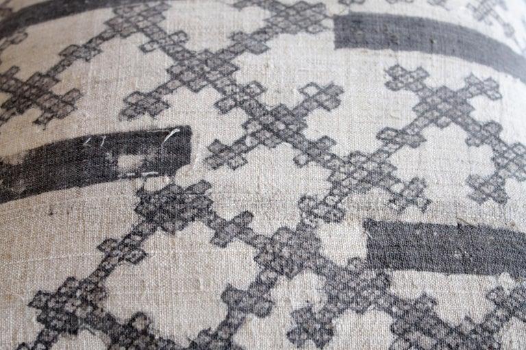 20th Century Vintage Batik Accent Pillow Charcoal and Natural Linen For Sale