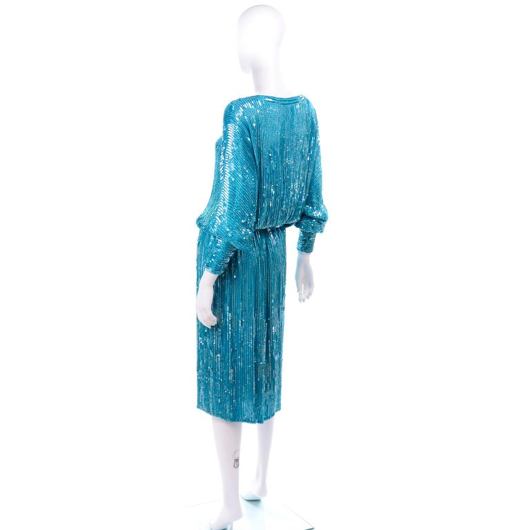 Vintage Beaded Aqua Silk 2 Piece Evening Dress W/ Beads & Sequins In Good Condition For Sale In Portland, OR