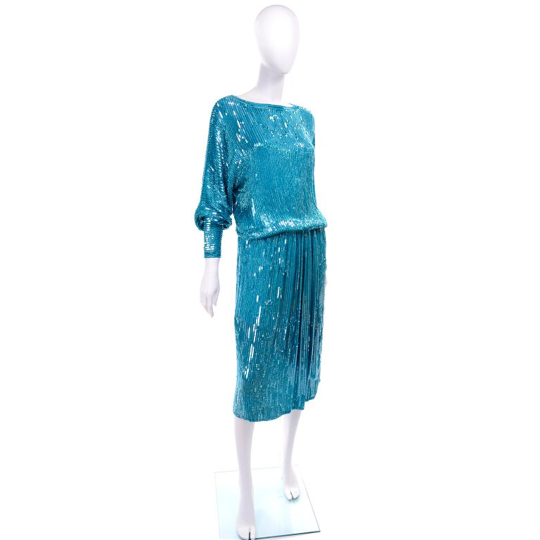 Vintage Beaded Aqua Silk 2 Piece Evening Dress W/ Beads & Sequins For Sale 2