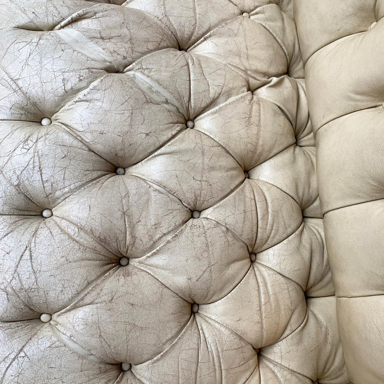 Vintage Beige Leather Chesterfield Sofa For Sale 6