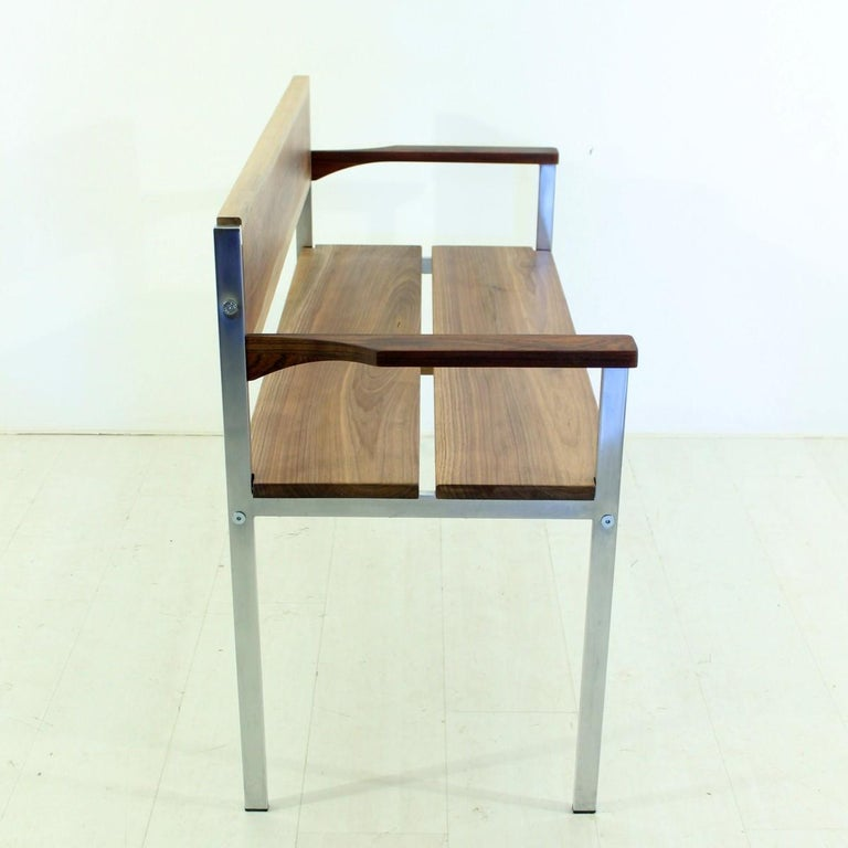 Mid-Century Modern Vintage Bench in Chrome and Walnut For Sale