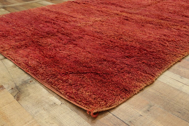 Wool Vintage Beni Mrirt Rug with Mid-Century Modern Style, Berber Red Moroccan Rug For Sale