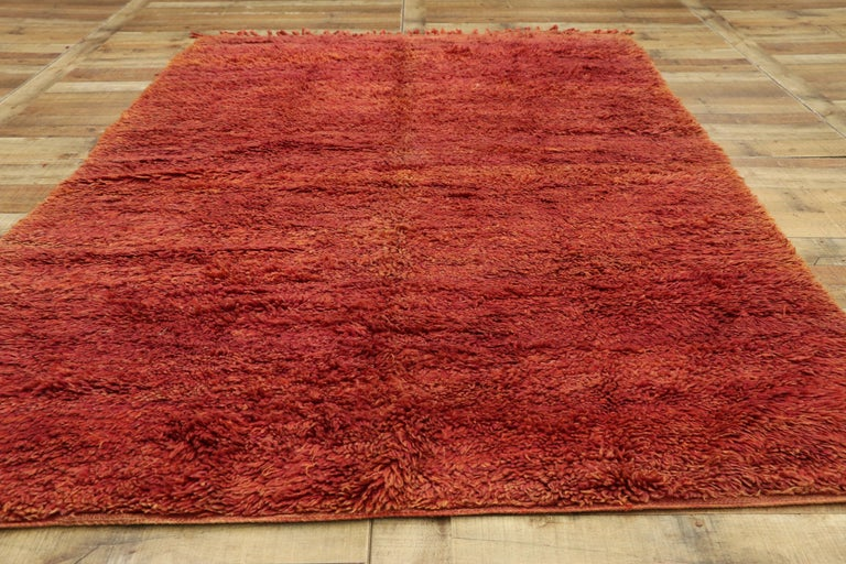 Vintage Beni Mrirt Rug with Mid-Century Modern Style, Berber Red Moroccan Rug For Sale 1