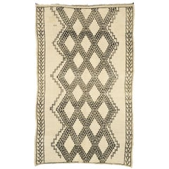Vintage Beni Ouarain Moroccan Rug with Mid-Century Modern Style and Hygge Vibes