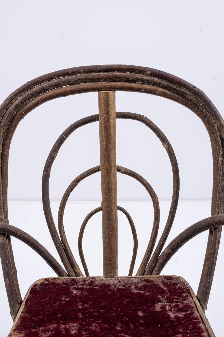 Hand-Crafted Vintage Petite Bent-Willow Chair For Sale