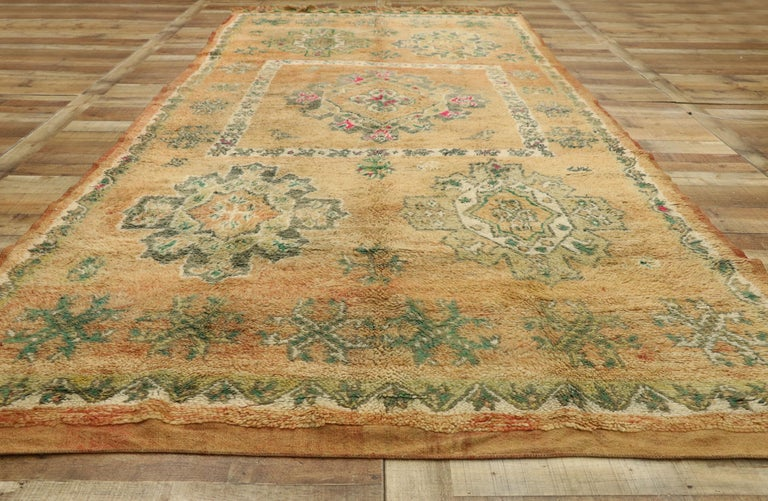 Wool Vintage Berber Moroccan Boujad Rug with Biophilic Design Nature Inspired Style For Sale