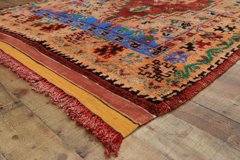 Vintage Berber Moroccan Boujad Rug with Contemporary Abstract Tribal Style For Sale 1