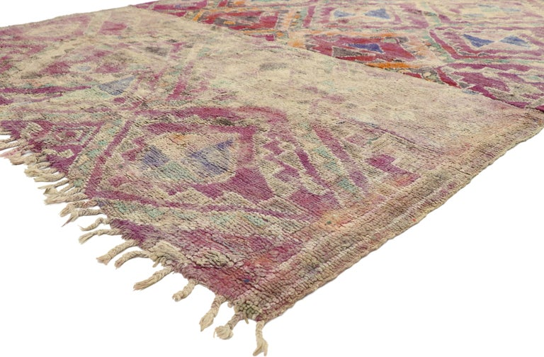 20956, vintage Berber Moroccan Boujad rug with Hygge Bohemian style. This hand knotted wool vintage Berber Moroccan Boujad rug features a series of chevron lines creating a diamond trellis accented with fused triangles, smaller diamonds, cross