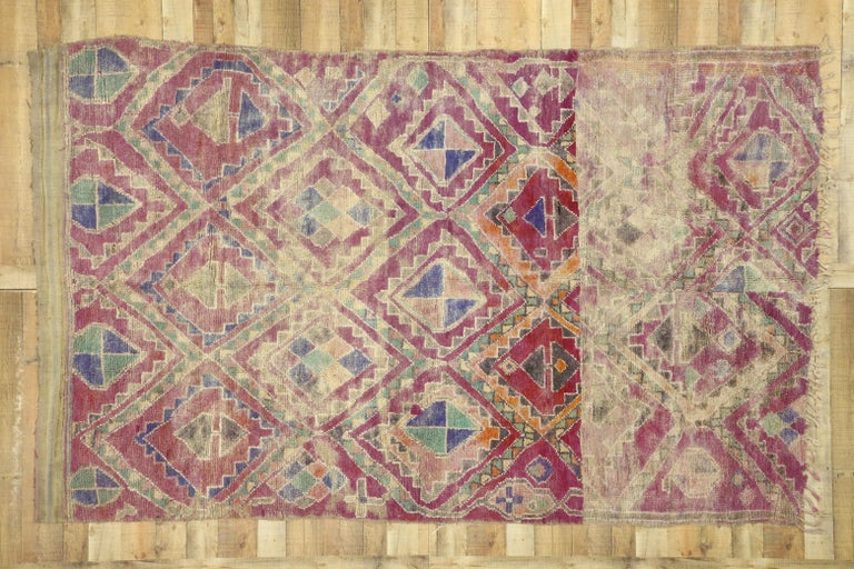 Vintage Berber Moroccan Boujad Rug with Hygge Bohemian Style For Sale 2